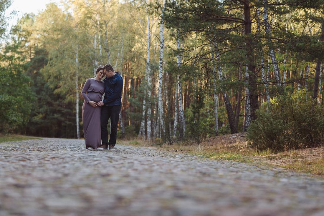 sesja ciążowa Długosiodło fotograf Ostrów Mazowiecka sesja brzuszkowa Wyszków sesja zdjęciowa w lesie Duet Fotografów Warszawa