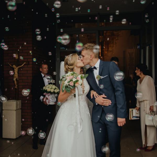 Klaudia iDominik & moc inspirujących detali ślubnych