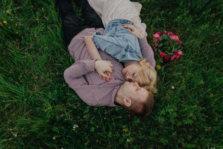 Daria iMateusz – wiosenna sesja przedślubna