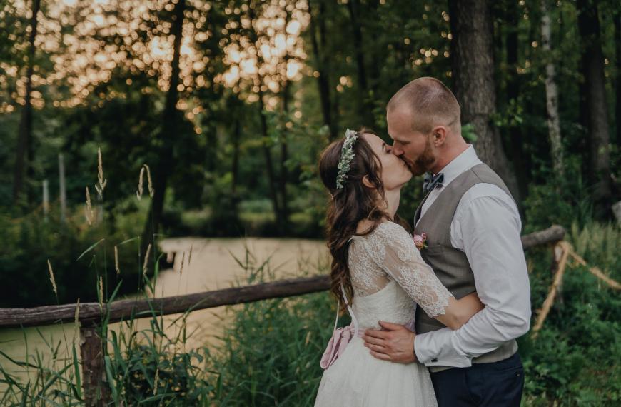 Gosia iPiotr – plenerowe wesele wZbójnej Górze